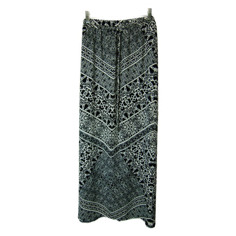 Faded Glory used ladies black and white maxi skirt
