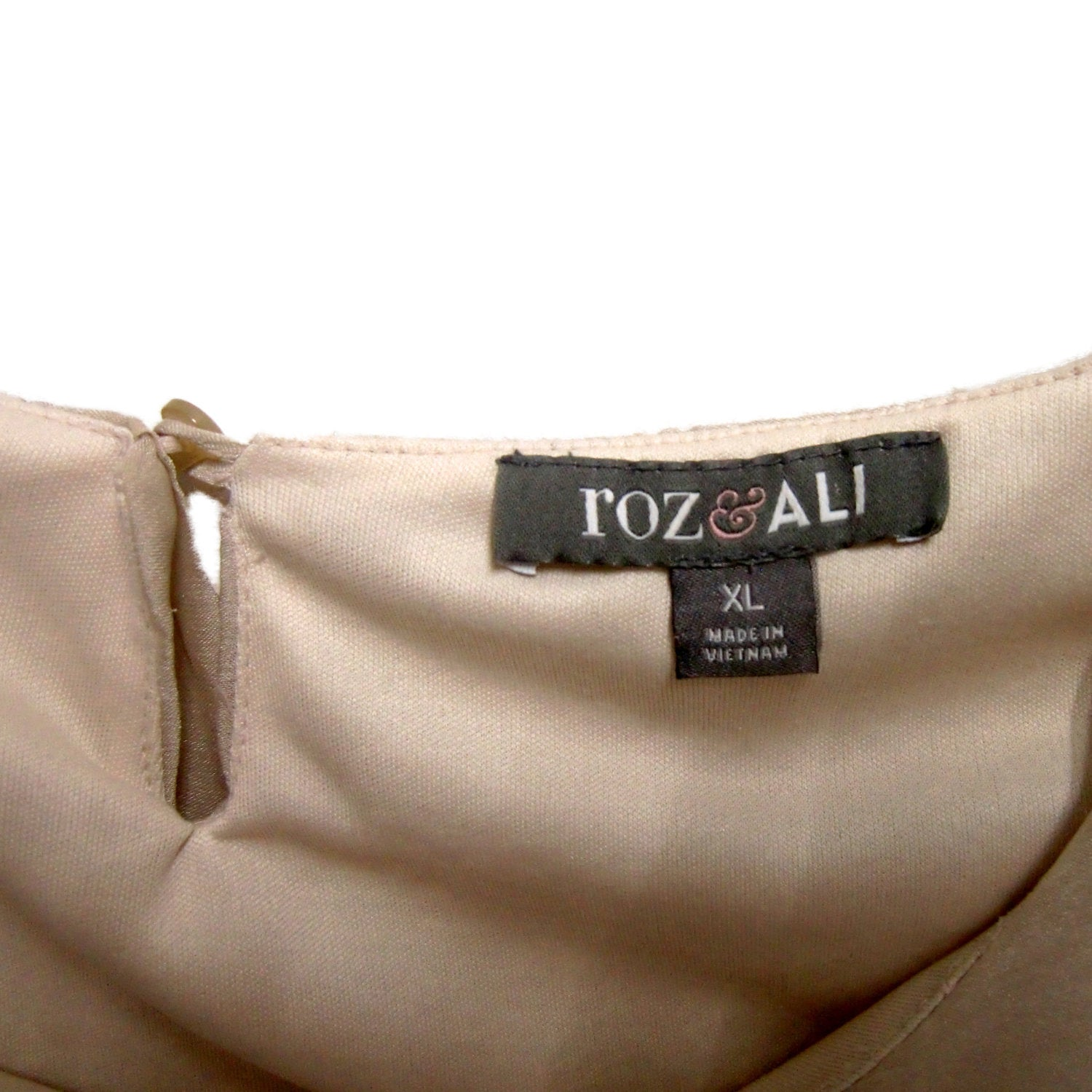 used Roz & Ali ladies tan blouse