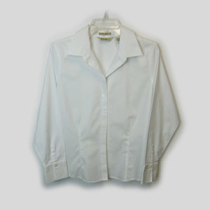 used Eddie Bauer ladies white tailored shirt