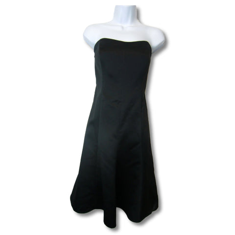 used David's Bridal ladies black cocktail dress