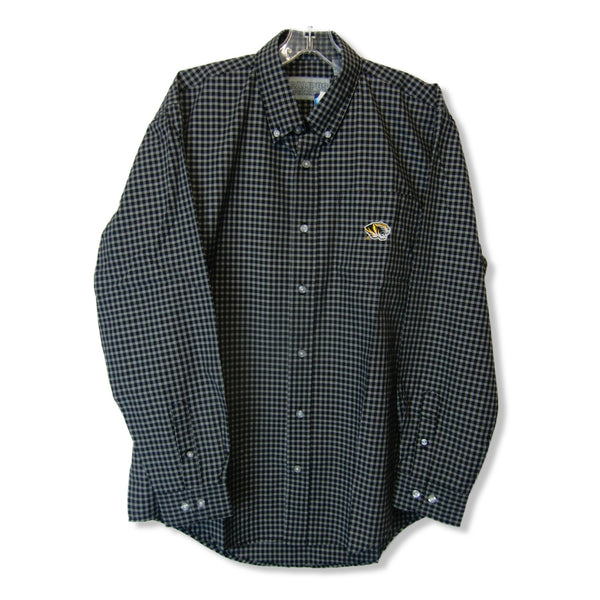new Campus Specialties black plaid shirt