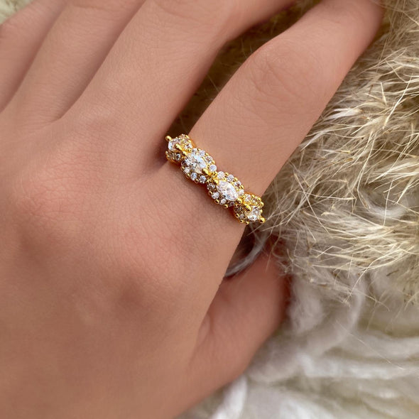 Vintage Halo Ring (1268)