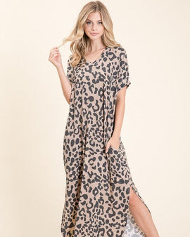 ANIMAL PRINT MAXI DRESS WITH POCKETS