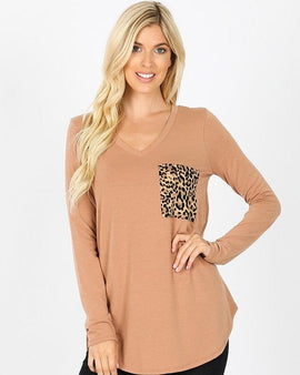 LONG SLEEVE V-NECK LEOPARD PRINT POCKET TOP