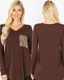 PLUS LONG SLEEVE V-NECK LEOPARD PRINT POCKET TOP