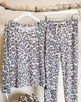LEOPARD LOUNGE WEAR SET
