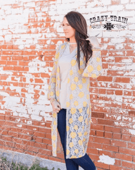 The BRISTYL rose LACE DUSTER ** MUSTARD & CREAM