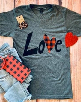 LOVE PLAID HEART CHARCOAL V-NECK