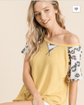 Animal Sleeve Solid Top