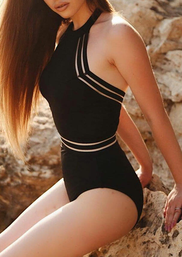 Solid Backless One-Piece Swimsuit - Black