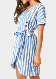 Striped Irregular V-Neck Mini Dress without Necklace - Blue