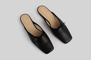 Black ballerina slip-ons made in calf leather