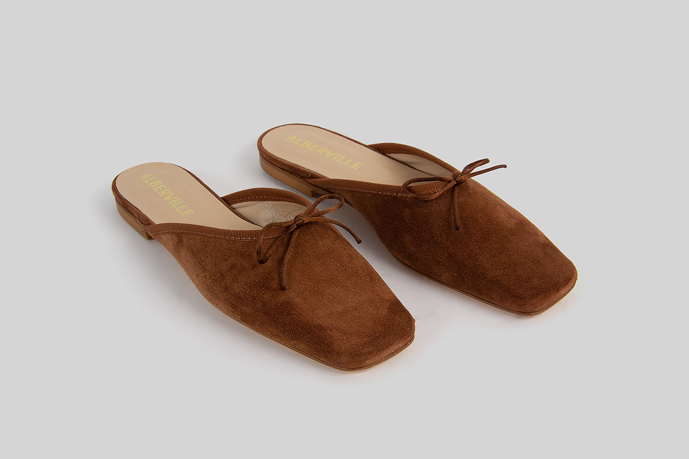 Cognac ballerina slip-ons made in calf leather