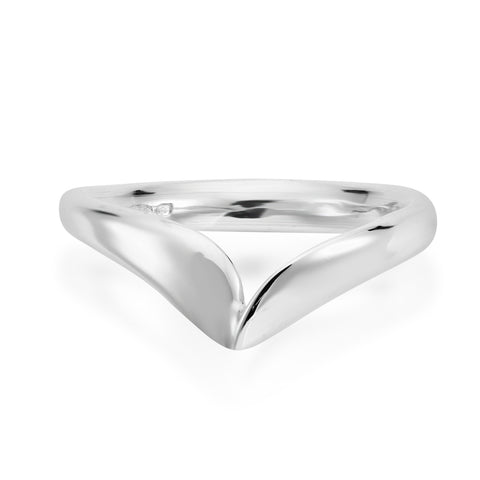 Twisted wishbone ring