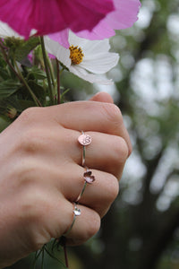 Flower power ring - Size Q