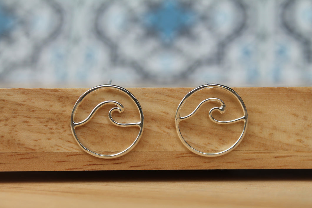Wave stud earrings Smalll #2