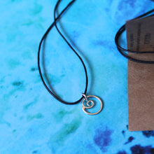 Load image into Gallery viewer, Swirly flow necklace on black cord