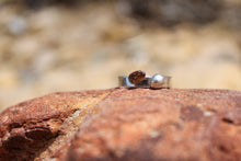Load image into Gallery viewer, Desert pebble band ring - size O1/2