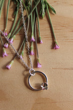 Load image into Gallery viewer, Forever flowering necklace