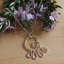 Load image into Gallery viewer, Spiralling petals necklace