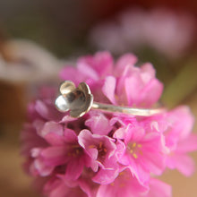 Load image into Gallery viewer, Forever flowering Ring - Size L