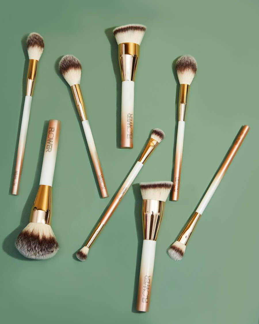 Blush Precision Brush- Lifestyle 3