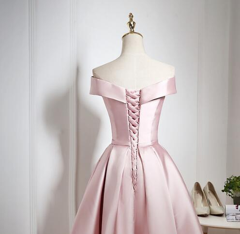 Lovely Pearl Pink Off Shoulder Knee Length Party, Satin Short Prom Dress