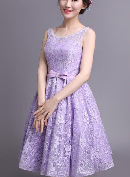 Beautiful Light Purple Lace Knee Length Wedding Party Dress, Round Neckline Short Prom Dress