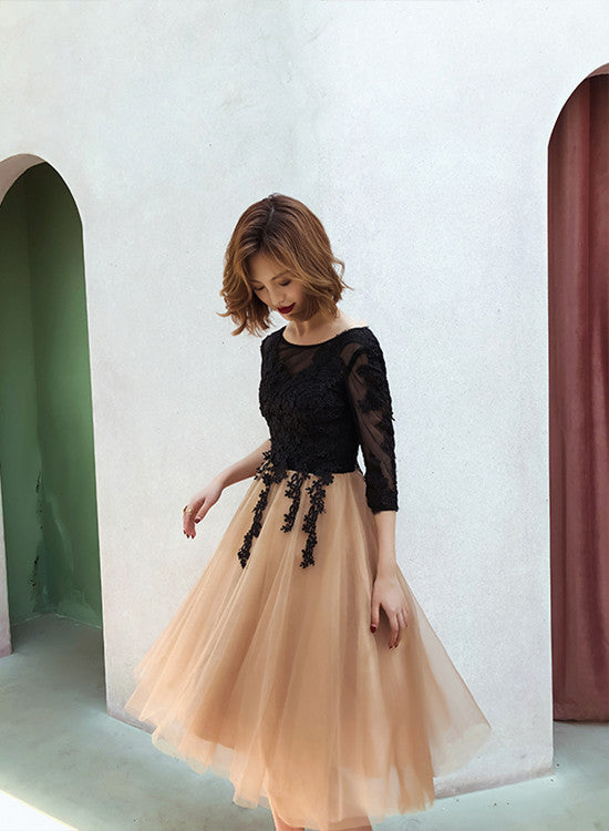Lovely Champagne and Black Short Homecoming Dress, Short Sleeves Prom Dress
