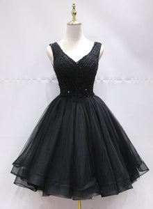 Black Tulle V Back Beaded Knee Length Homecoming Dress, Black Short Party Dress