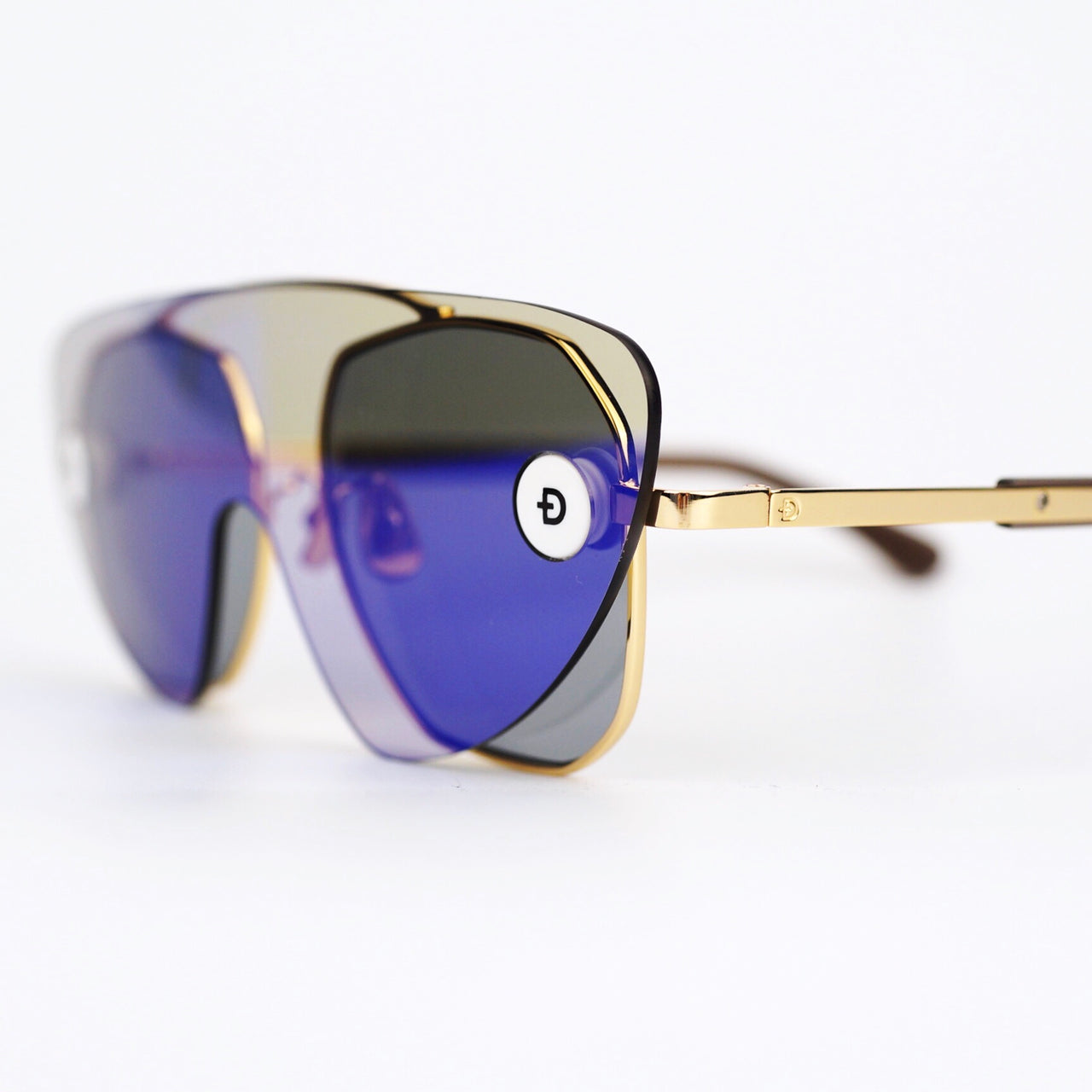 Gold Tone Metal Frame Sunglasses with Convertible Mirror Lenses