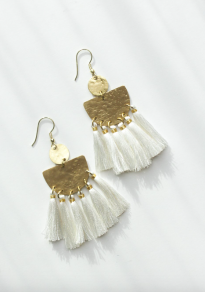 Tasseling Earrings (2 colors)