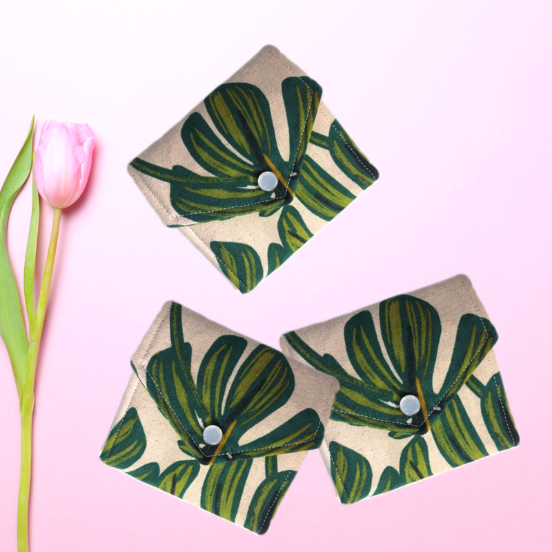 Monstera Leaf Essential Oil Wallet