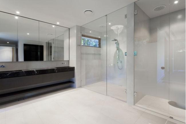 Pros And Cons Framed Vs Frameless Glass Shower Doors And Enclosures Arrow Glass And Mirror