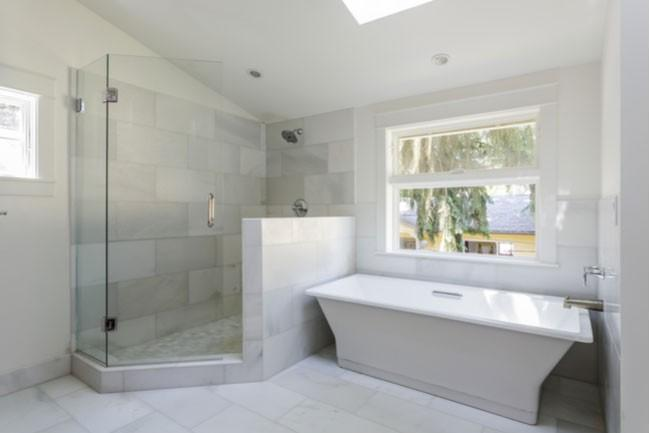 How to Remodel Your Bathroom with a Glass Shower Door