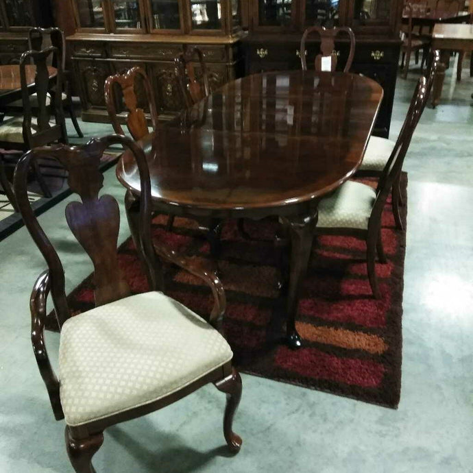 Dark Wood Dining Table w/Two Leaves & Six Chairs