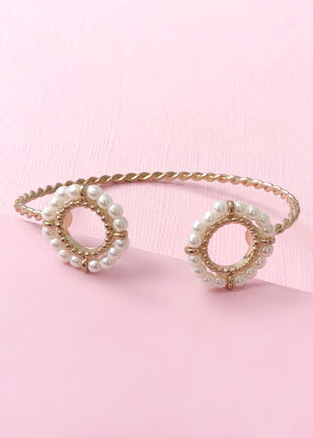 Pearls of Izonia Bangle