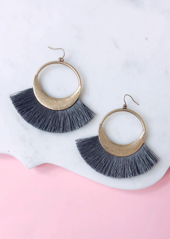 Naomi Earrings - Grey