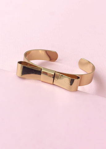 Darling Bow Bangle