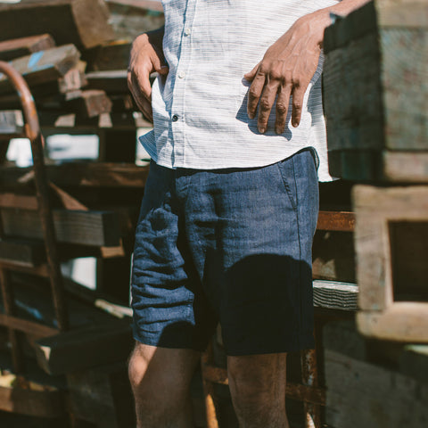 The Maritime Short in Navy Linen Herringbone - alternate view