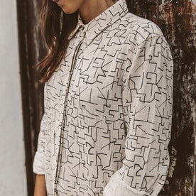 The Michelle Shirt in Maze Print: Alternate Image 1