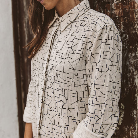 The Michelle Shirt in Maze Print - alternate view