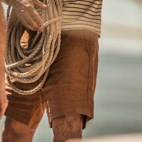 The Maritime Short in British Khaki Linen Herringbone - alternate view