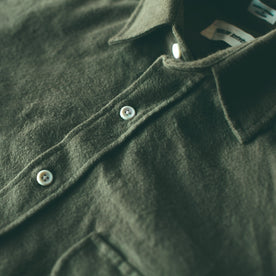 The Yosemite Shirt in Olive Drab: Alternate Image 5