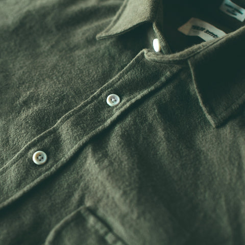 The Yosemite Shirt in Olive Drab - alternate view