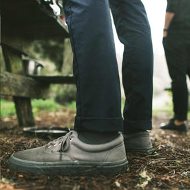 The Travel Chino in Navy: Alternate Image 4