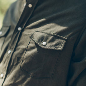 The Glacier Shirt in Olive Twill: Alternate Image 5