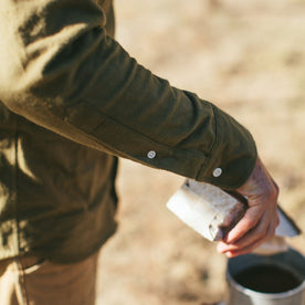 The Yosemite Shirt in Olive Drab: Alternate Image 3
