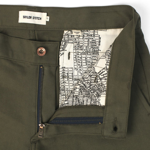 The Slim Chino in Olive - alternate view
