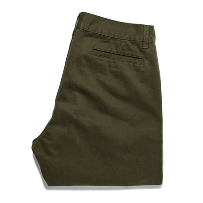 The Slim Chino in Organic Olive: Alternate Image 6